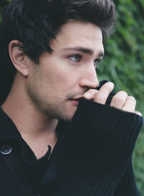 Matt Dallas' sweater is made of boyfriend material