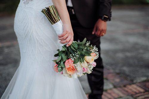 Ramo - Fotografía de bodas - detalle de boda.  © Aica Films.