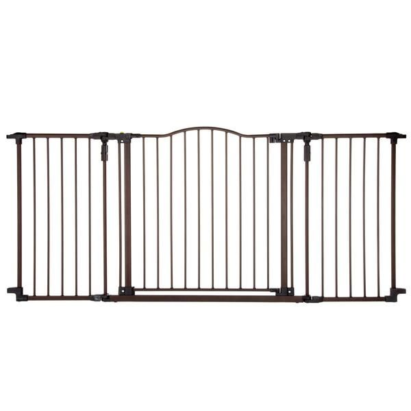 """Entire barrier swings open on both sides with child-proof safety latch on both ends. Arched gate is an extra-wide 25.5"""" (64 cm). Made of deluxe heavy-duty metal"""