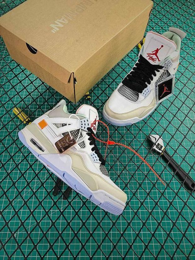 OFF WHITE x Nike Air Jordan 4