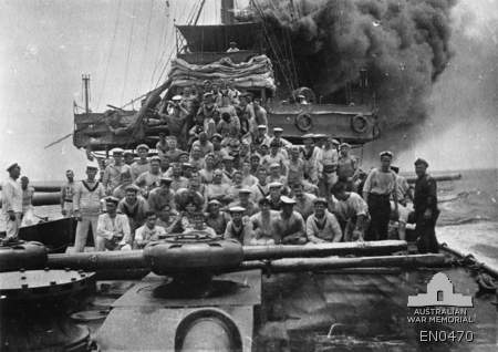 This is the Australian army heading back to Sydney after assisting the allies in WW1 (World War 1)..