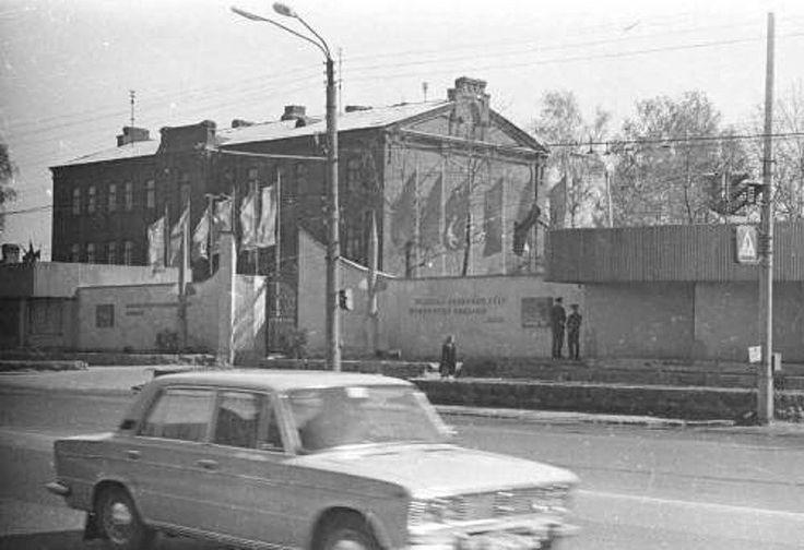 Зенитно-ракетное училище на пр.Гагарина, 1984