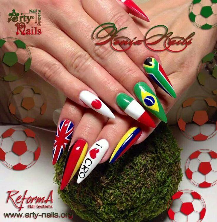 Nail art. Tematic nails. Copa del mundo. Paises. Uñas acrilicas. Stiletto. Mundial. Worl cup.
