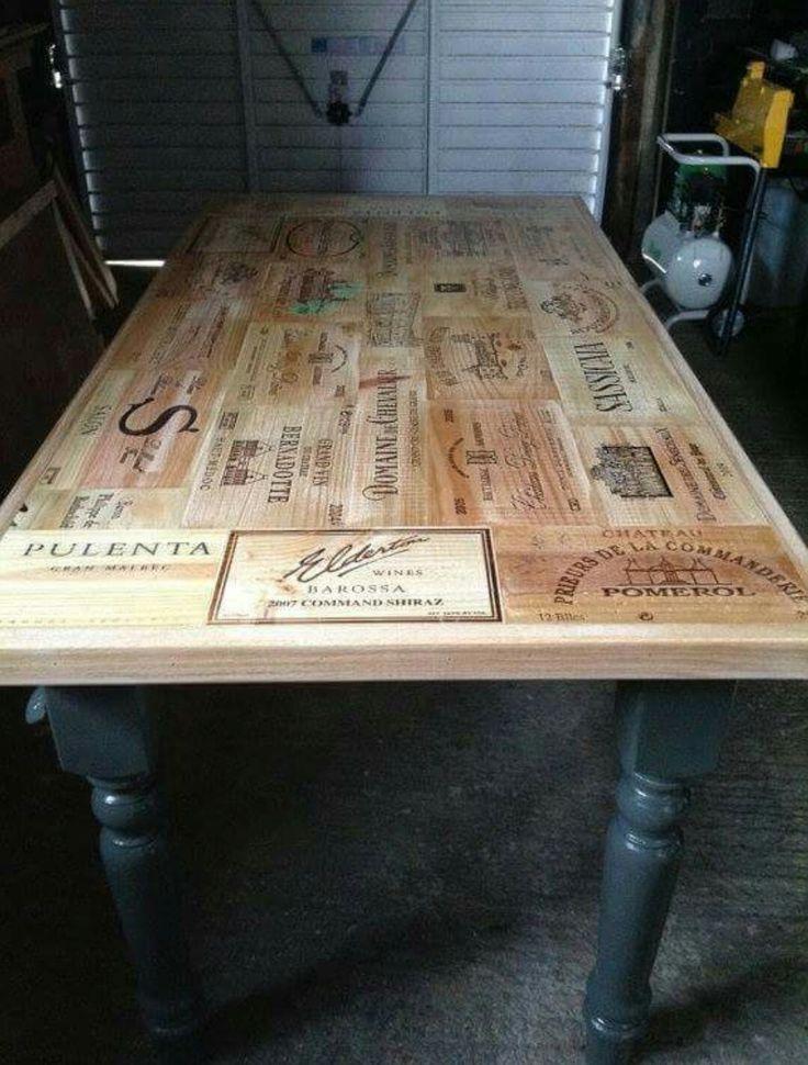 Plateau de table en caisse de vin