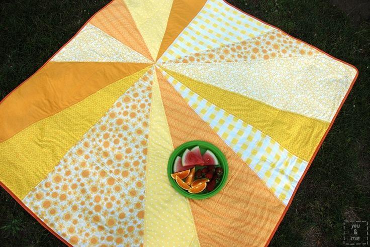 .: Craft, Yellow Quilt, Sunburst Picnic, Picnic Blanket, Tutorial, Picnics, Blankets, Diy, Baby Quilt