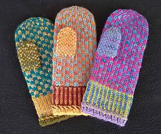 These mittens work up quickly and easily in worsted weight yarn. The stranded…
