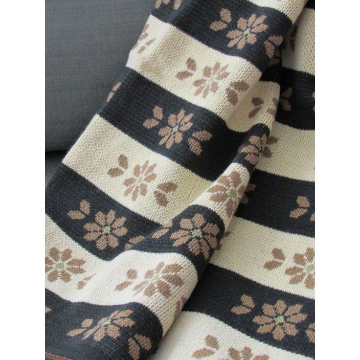 Blanket - Knit - Throw - Homewear - Flower - Wool Acrylic - Brown