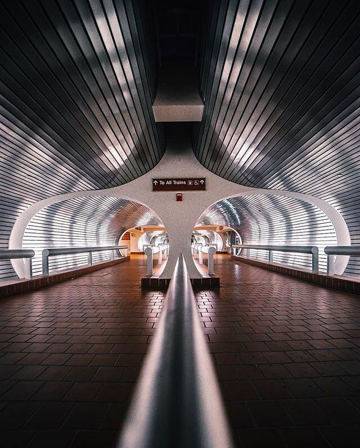 12 Architecture and Urban Photographs Show that Symmetry is Perfection - Arch2O.com
