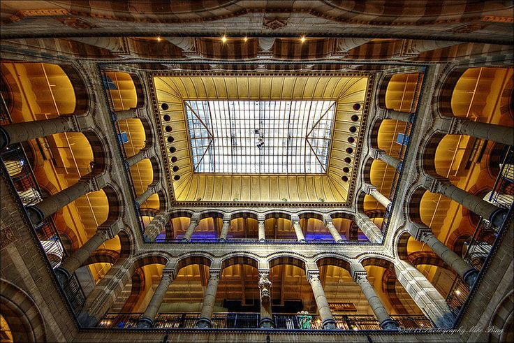 """Magna Plaza"" shopping center, Amsterdam"