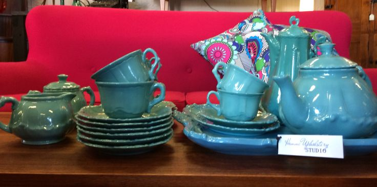 Vintage Coffee and Tea set for sale at Woolloongabba Antique Centre.