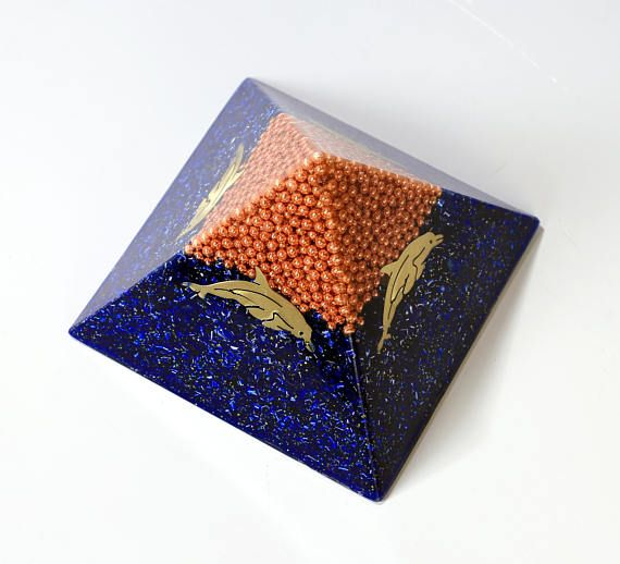 Orgone orgonite® pyramid, medium size, with gold plated (24K) MWO by Lakhovsky and 4 bronze dolphins, Golden Ratio Antenna, EMF Protection