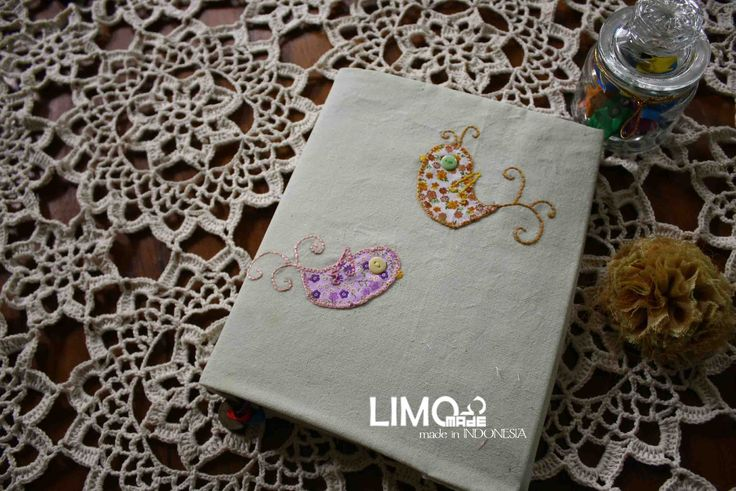 Couple Bird 1 | 35K | bahan : kain belacu | check this limo-made.blogspot.com #handmade #coverbinder #sampulbinder #limitededition #semarang #indonesia #limomade