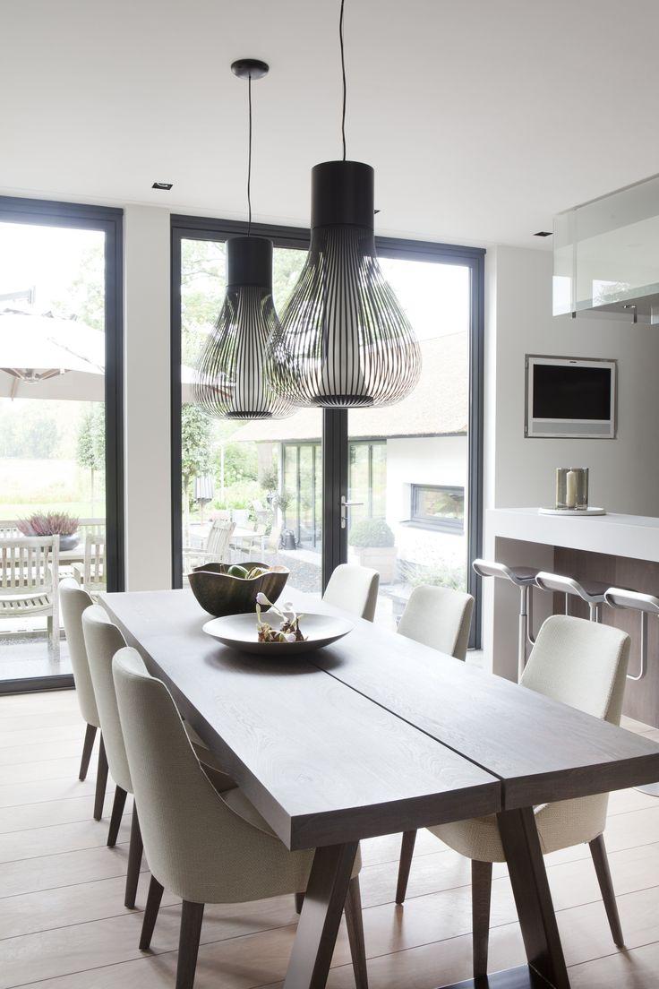 Villa in 't Gooi; dining; design Remy Meijers