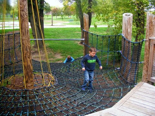 105 things to do w kids in Des Moines and central Iowa.