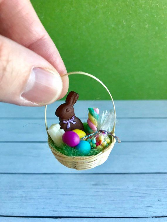 Miniature Baggie of Easter Basket Grass DOLLHOUSE Miniatures 1:12 Scale Green