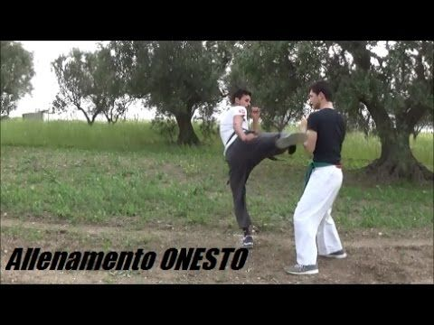Ep.10 - Allenamento ONESTO - YouTube