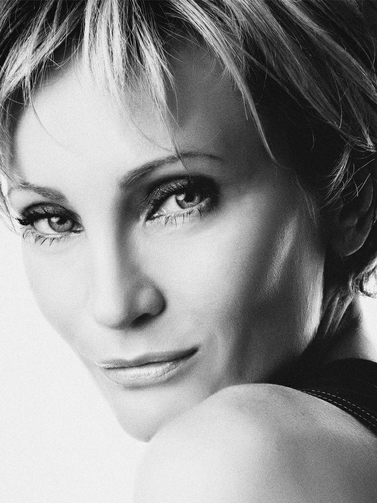 фотосессия французских певица модели смотрятся