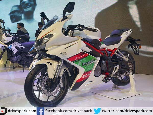 2016 Auto Expo: Benelli Tornado 302 Whirls Into India  #AutoExpo2016 #Benelli