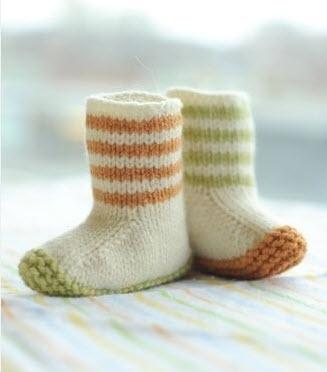 #knittedbooties