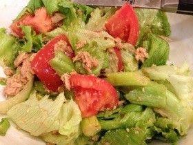 簡単!ノンオイルなゴマポン酢レタスサラダ