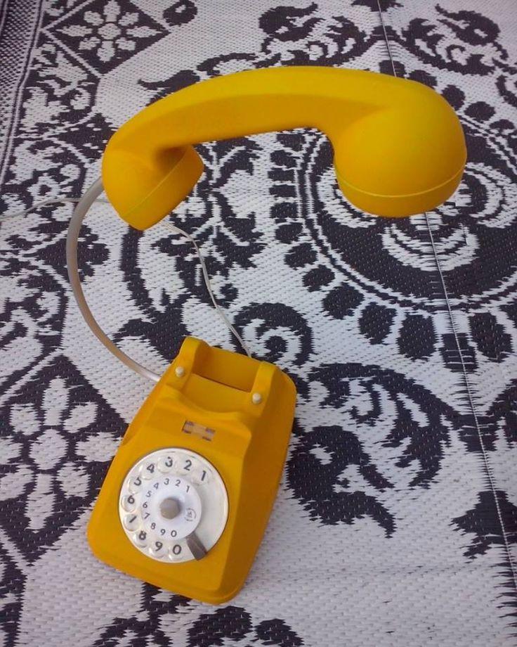 La lampada telefono de Cor