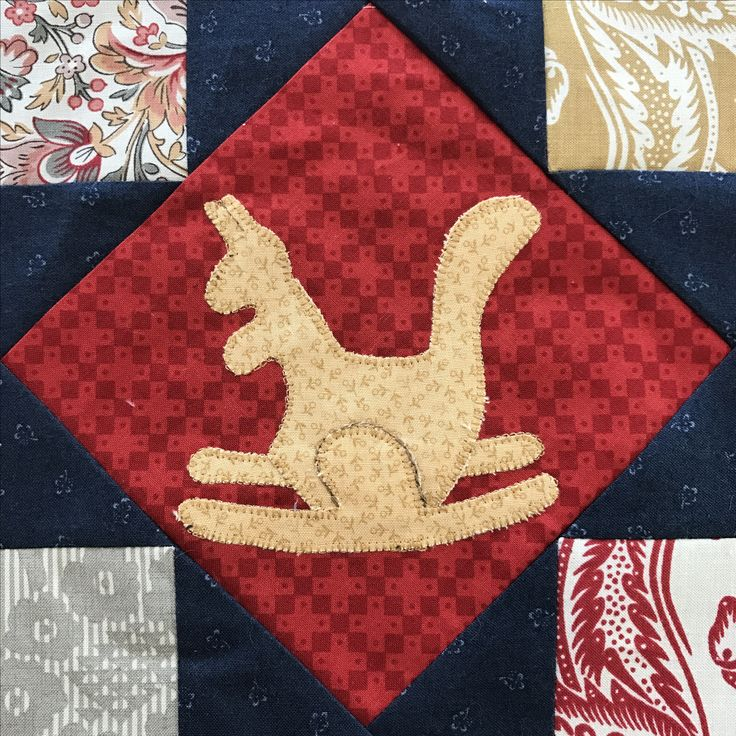 Personal design by Astrid Briedé kangaroo application  (for my Bobbin quilt)