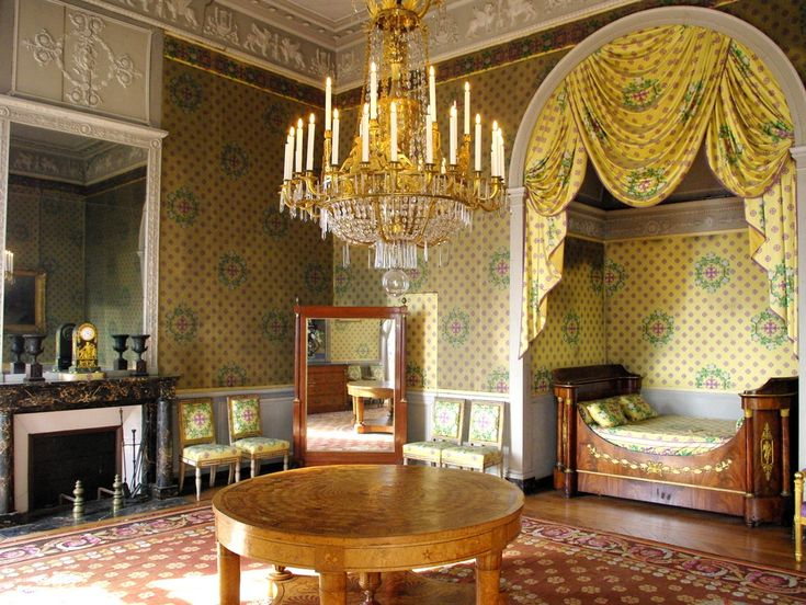 French Bed Chamber 2, Chateau-Maisons-Laffitte, French-Moments