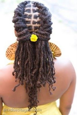 really pretty weekend style. To learn how to grow your hair longer click here - http://blackhair.cc/1jSY2ux :: #dreadstop