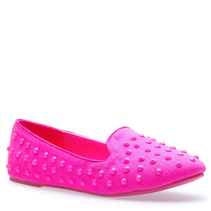 Umm def. think I'm going to have to buy these ;).. too cute (they remind me of that dot candy lol)