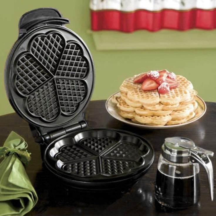 Heart Shape Waffle Maker in Black (or a 5 leaf clover?)