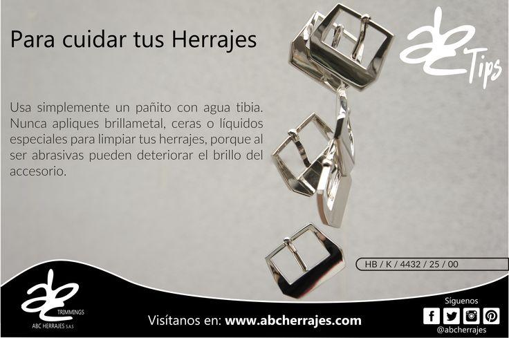 Tip: Usa simplemente un pañito con agua tibia. Nunca apliques brillametal, ceras o líquidos especiales para limpiar tus herrajes, porque al ser abrasivas pueden deteriorar el brillo del accesorio. #ABCherrajes #Estilo #Diseño #Lujo #Colombia #Moda #Marroquineria   Hebilla Ref.: HB / K / 4432 / 25 / 00  Visítanos en: www.abcherrajes.com