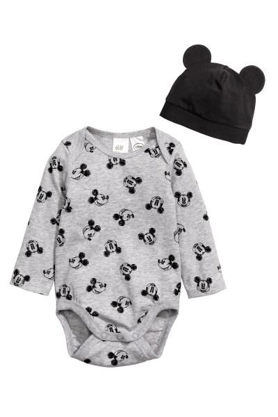 Organic mickey long sleeve onesie and hat H&M