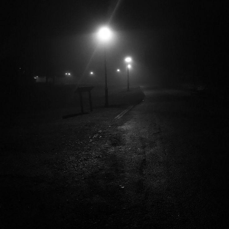 Mysterious B+W photo. - Waltham Abbey, Essex. : pics