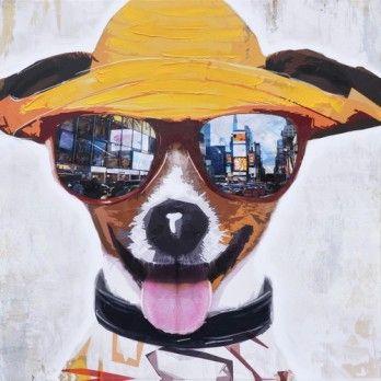 Deze hond heeft de zomer in zijn bol! Met leuke hoed en zonnebril https://www.schilderijenshop.com/schilderij-hond-80x80