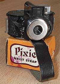 Una cámara de fotos para llevar en la muñeca, esto seguro que se pone de moda nuevamente!