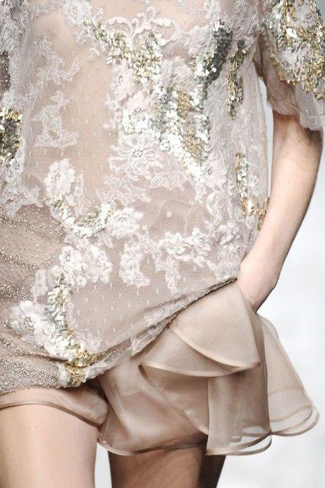 Valentino: Cocktails Dresses, Fashion Clothing, Dresses Up, Fashion Style, Valentino Spring, Ana Rosa, Fashion Photography, Valentino Couture, Fashion Women