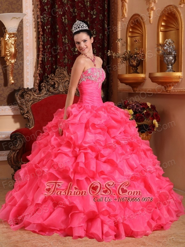 Informal  Hot Pink Quinceanera Dress Strapless Organza Beading and Appliques Ball  Gown  http://www.fashionos.com  Wow! This hot pink quinceanera dress is a perfect choice to experience the feeling of being princess.