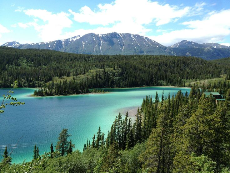 Emerald lake in Yukon, Canada