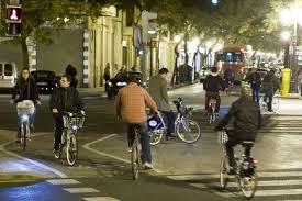 bicicleta valencia. night/lights/bikes  valencia de noche en bicicleta