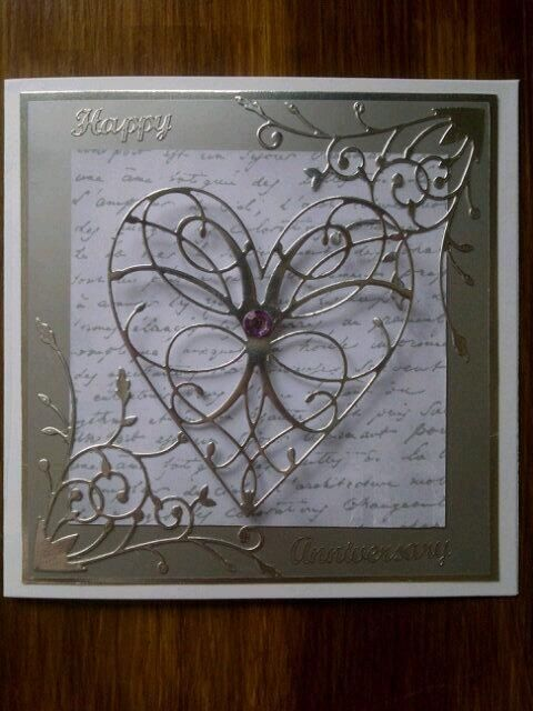 Memory box heart die card