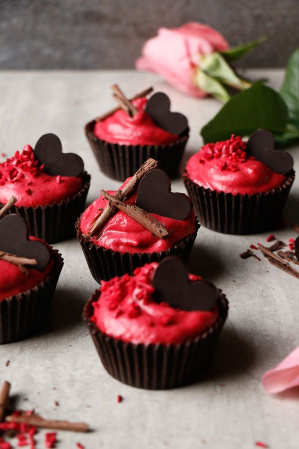 Chocolate Raspberry Mousse Cups Recipe. Allergy-friendly grain-free vegan chocolate cups with fluffy raspberry aquafaba mousse.