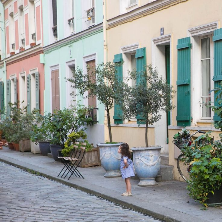 Rue Crémieux - is one of the most photogenic street of Paris. It doesn't look like other streets with parisian houses of Ottoman style, it reminds more the island of Burano (near Venice), or Valparaiso city in Chile.