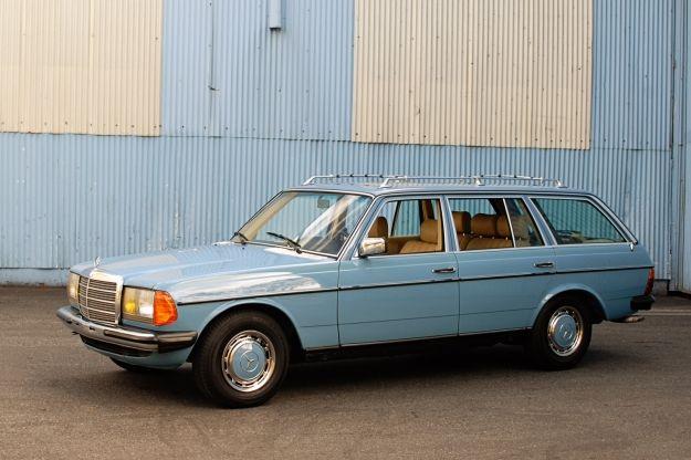 Mercedes Motoring - 1982 300TD Turbo Diesel Station Wagon