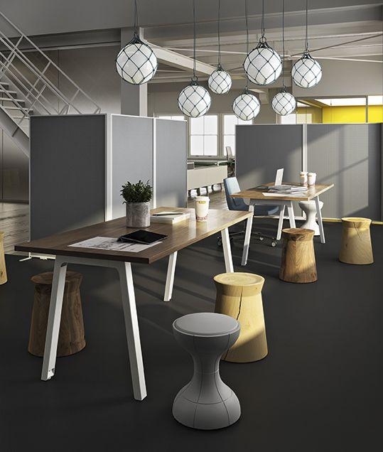 #operativearea #meetingtable #hightable #lightball #wall #partition #hooplegs #lightdesign #newoffice #interiordesign #officeforniture #mecooffice