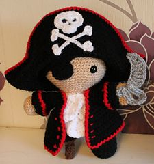 Ravelry, #crochet, free pattern, amigurumi, Pirate, stuffed toy, #haken, gratis patroon (Engels), piet piraat, pop, knuffel, #haakpatroon, zee