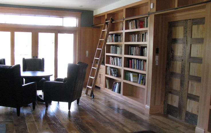 Home library in vacation home