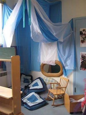 let the children play: reggio-inspired learning environments part 2Children Plays, Cozy Corner, Learning Environment, Kids Spaces, Preschool Ideas, Reading Corner, Reading Nooks, Plays Area, Reggio Inspiration Learning