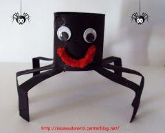 bricolage recup matériel papier wc araignée d'halloween activités manuelles enfant, oct. 2010