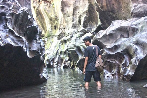 If you got holiday in Bali and feel bored because just see beaches, mountains and rice terracing, maybe this spot can be your new choice to spend your holiday, this spot called Hidden Canyon. It is...