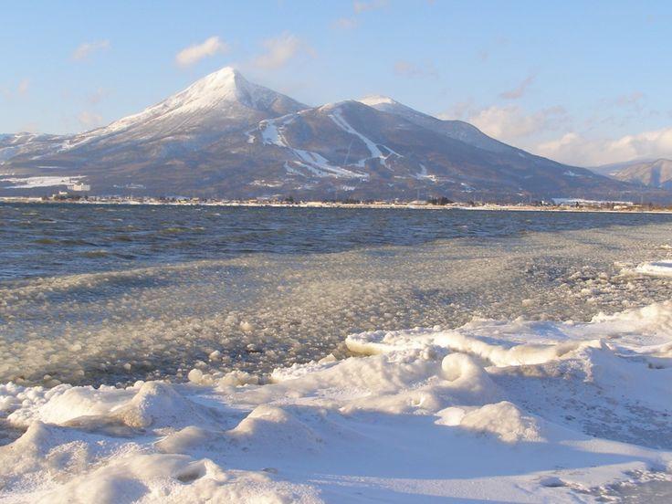 会津磐梯山と猪苗代湖のしぶき氷 - のんさん | パブー